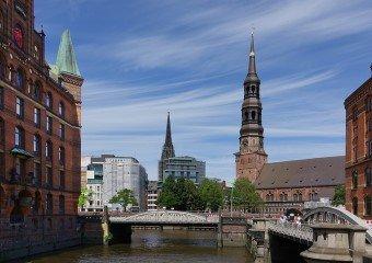 Spiele für Schnitzeljagd Erwachsene in Altstadt Hamburg